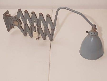 benoit_de_moffarts_lampe_industrielle_accordeon_1950_bruxelles_1
